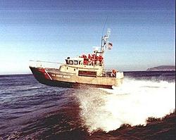 47 FT Coast Guard boat gets AIR-00051_s.jpg