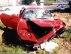 Ferrari F 50 vs welcome sign-360_20030220_003.jpg
