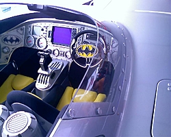 Wicked Batman MTI in Miami-bat-cockpit2.jpg