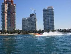 Miami Boat Show Poker Run Pics-2007_0102miamipr20070002-1068.jpg