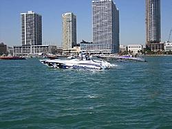 Miami Boat Show Poker Run Pics-2007_0102miamipr20070015-1068.jpg