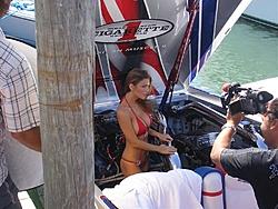 Miami Boat Show Poker Run Pics-2007_0102miamipr20070093-1068.jpg