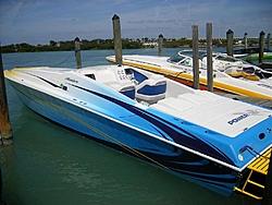 Miami Boat Show Poker Run Pics-2007_0102miamipr20070105-1068.jpg