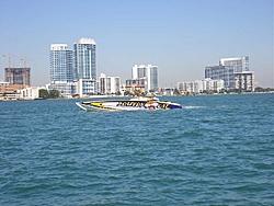 Miami Boat Show Poker Run Pics-2007_0102miamipr20070018-1068.jpg
