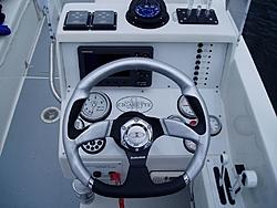 Single or dual switch in throttle controls-tn_pa220636.jpg