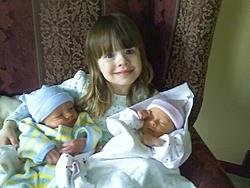 Twins!-big-sis.jpg