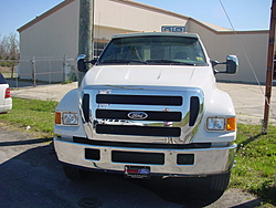 looking for a 38-47ft Vee-f550-f650-019.jpg