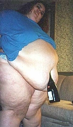 Belly jewelry showdown-belly-button-jewel2.jpg