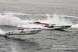 """King of Shaves"" Fountain Dominates Italian P1 Race-6w.jpg"