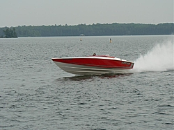 WOW, Check out the TUFF 28, inboard !!-p1010636.jpg