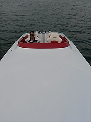 WOW, Check out the TUFF 28, inboard !!-p1010652.jpg
