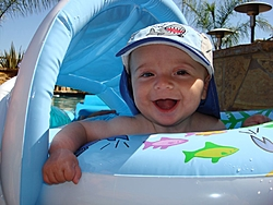 The joy of your first boat ride!!!!!!!!!!  LOL-dsc07748.jpg