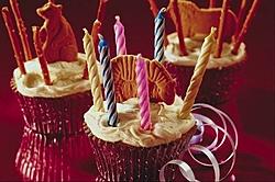 Cash Bar You Old Bastage !! Happy B-day !-birthdaycupcake07may.jpg