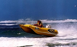Avanti Powerboats-xtsurfnfun.jpg