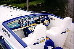 Outerlimits/Fitzgerald Boat Show Pics-lipship-cockpit.jpg
