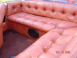 '79/'80 Hammond V2150 Challenger-seating.jpg