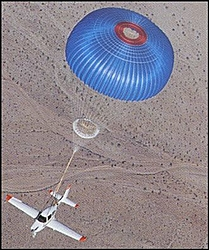 Airplanes will be in the Biloxi Race Village-cirrus_caps_01.jpg