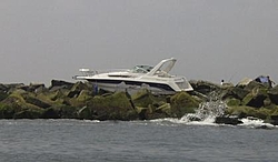 Oupps another drinkin boater this time in MA-boatonrocks2.jpg