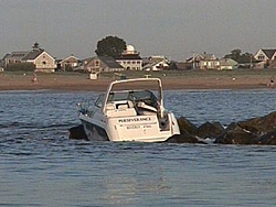 Oupps another drinkin boater this time in MA-merrimac20jetty.jpg