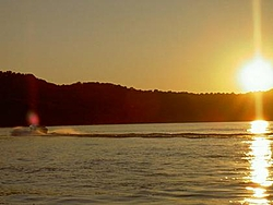 Ohio River 29' on Wed...Party in Park??-allan-cruising-into-sunset.jpg