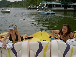 Smoothest riding, 70+ MPH boat in the 28 to 31 foot range-pict1009.jpg