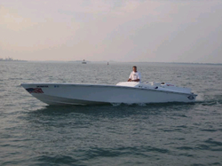 Performance Boat Companies that have gone or are almost gone-magnum.bmp