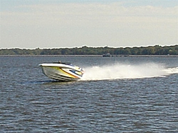 Does This Look Like I'am getting My Hustler Aired Out ??-broke-outdrive-motor-10-22-06-019-large-.jpg