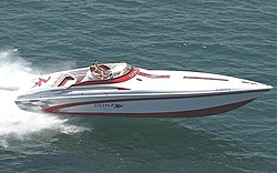 More Chicago Offshore Powerboat Squadron Pictures-donzi2oso.jpg