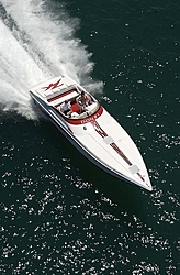 More Chicago Offshore Powerboat Squadron Pictures-donzi1oso.jpg