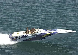 More Chicago Offshore Powerboat Squadron Pictures-fermin2oso.jpg