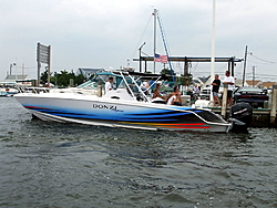few pics from yest on the water-2008_0727baytheonday0007.jpg
