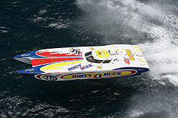 Accident at the the  NY/Battle on the Bay/Geico Triple Crown race.-puerto28.jpg