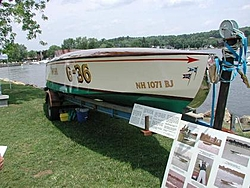 Who invented steps?  Some old school racing stuff IMPSHI CLASS RACERS-nh-wooden-boat-show-083.jpg