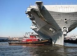 Draft,whats holding this boat upright?-rammingintrepid_stuck.jpg