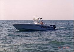 Scarab 30 Sport-scarab-onwater1.jpg