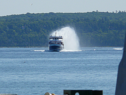 What is the biggest rooster tail youve seen???-ferry-boat.jpg