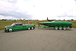 What kind of boat and truck just went through Barrett/jackson.-70747_front_3-4.jpg