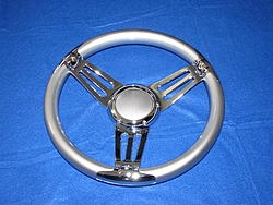 Does anyone have this steering wheel??-img_0422-small-.jpg