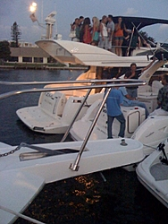 Took the Mut to The Cove last night-04252009_cove2.jpg