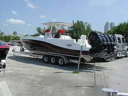"""Sunny Isles """"Are You Ready To Rock And Roll?"""" photos by Freeze Frame Video Inc.-bimini-ocean-race-09-067.jpg"""