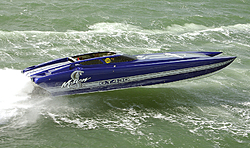 Motion 43 GT Awesome Hull Design-igp3233.jpg
