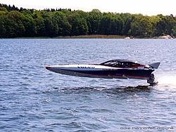 "Does anyone know where the Original US Ocke Mannerfelt Design 24' ""Batboat"" is?-wallpaper_7_800.jpg"