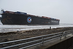 Nor-easter-barge-david-balsitis1.jpg