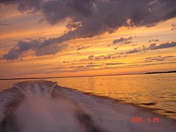 sunsets on the water pics!!-n1255048380_100653_8906.jpg