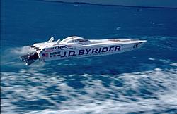 sneak peak/ fastest 42 tiger engine-jd-bryrider-flying.jpg