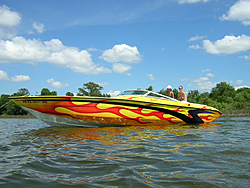 Pics of Yellow boats-vossbergvr110.jpg