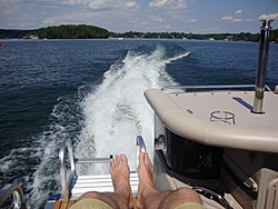 Who makes the best pontoon boats?-toon4.jpg
