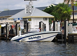Fort Lauderdale Floating Reporter-Lunch at Shooters-healthydistraction.jpg