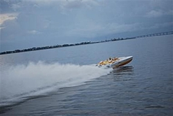 You pick!  Which boat throws the meanest Rooster Tail?-patriot-poker-run-2009-4.jpg