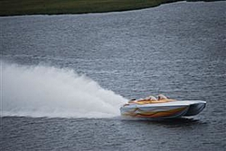 You pick!  Which boat throws the meanest Rooster Tail?-patriot-poker-run-2010-14.jpg